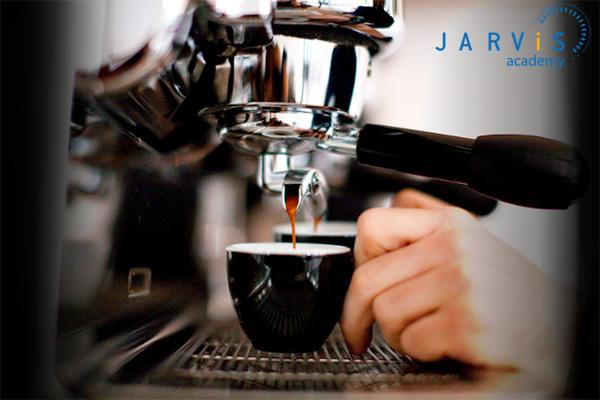 Chờ chiết xuất cafe