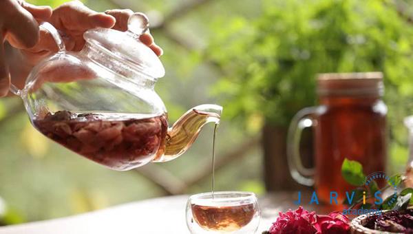 Nên sử dụng nước tinh khiết để pha trà