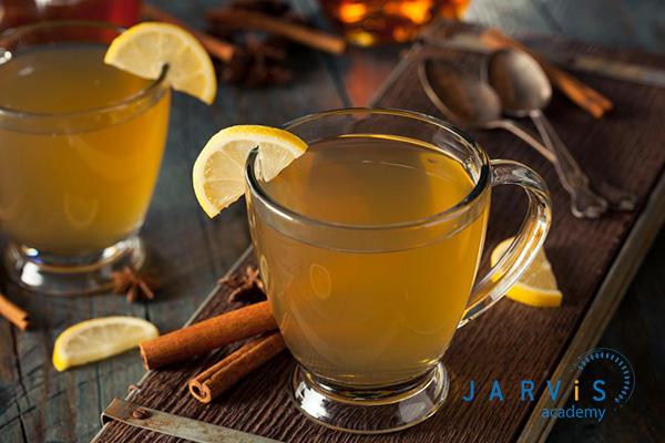 Trà cam quế mật ong đem đến hương thơm ngọt ngào, giúp ấm họng, bảo vệ sức khỏe của bạn khi đông đến